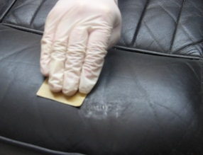 how to repair scratches on leather couch and car seats upholstery cleaning hub. Black Bedroom Furniture Sets. Home Design Ideas